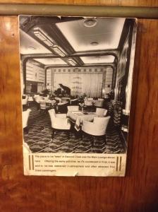 original image of entertainment room.