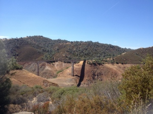 The Golden Chain Highway Bridge. This goes over the Melones water course which is quite dry.